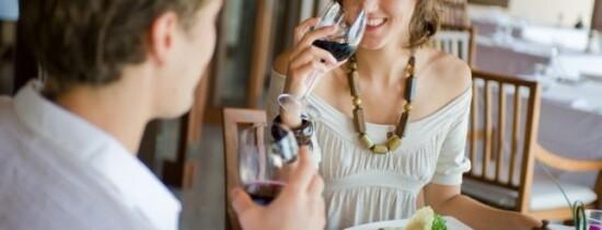 Zece lucruri pe care chiar nu ar trebui să nu le spui de la prima întâlnire
