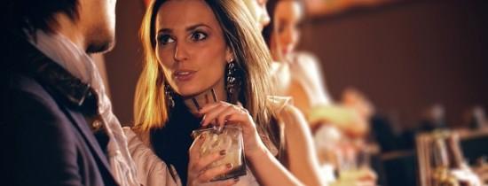 Cum cuceresti pe cineva: stiinta dezvaluie cele mai bune metode de flirt
