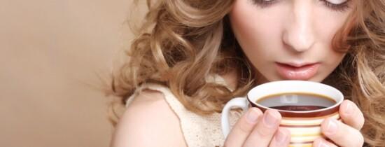 Românii ar putea fi obligaţi să bea doar 400 de mililitri de cafea pe zi
