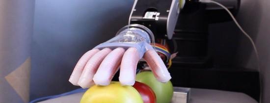 Braţul robotic care imită atingerea umană ar putea REVOLUŢIONA piaţa protezelor – VIDEO