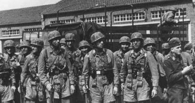 Cele mai  îndrăzneţe raiduri din timpul celui de-al Doilea Război Mondial. Salvat de soldaţii nemţi, Mussolini a fost cât pe ce să se prăbuşească cu avionul trimis de Hitler