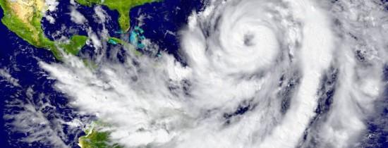 În urma calamităţilor naturale costurile ar putea ajunge în SUA la cel puţin 360 de miliarde dolari