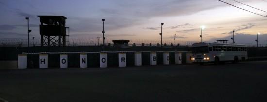 Pentagonul doreşte să distrugă lucrările de artă realizate de deţinuţii de la închisoarea Guantanamo