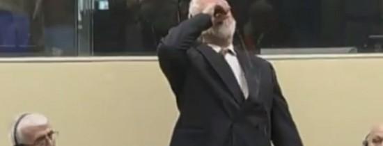 Momentul în care Slobodan Praljak, fost lider al croaţilor-bosniaci, s-a omorât în faţa judecătorilor Tribunalului Penal Internaţional – VIDEO