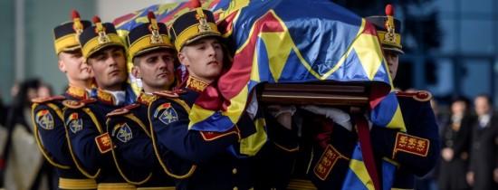 """A fost pusă în circulaţie emisiunea filatelică intitulată """"In memoriam, Regele Mihai I (1921-2017)"""""""