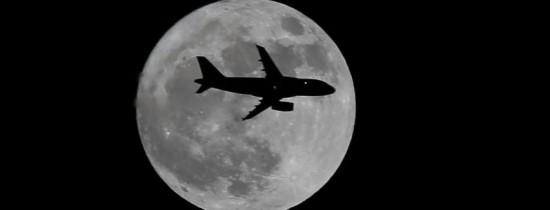Imagini spectaculoase cu singura Super-Lună din 2017