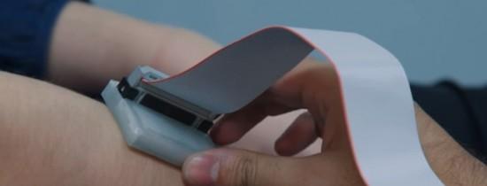 VIDEO. Invenţia unei tinere echipe care le-a adus un premiu prestigios: un detector de cancer de piele ieftin şi portabil care poate salva numeroase vieţi