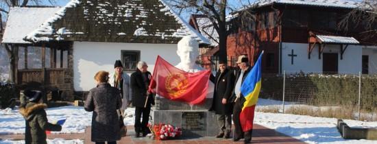 Nostalgicii comunismului şi-ar dori canonizarea lui Ceauşescu, la 100 de ani de la naşterea sa – FOTO