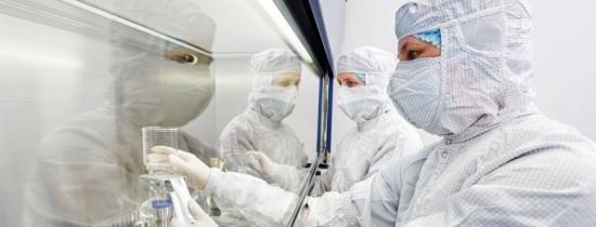 Focar de gripă aviară, la 2 kilometri de graniţa cu România