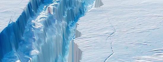 Sub aisbergul masiv din Antarctica s-a descoperit o zonă fascinantă care a stat ascunsă timp de 120.000 de ani