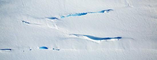 FOTO. Putem vedea în timp real efectele încălzirii globale: imagini unice din Antarctica, surprinse de sateliţii NASA