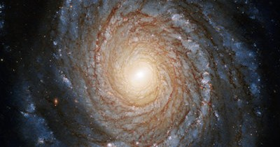 Un disc de acreţie neobişnuit de mic, observat în jurul unei găuri negre